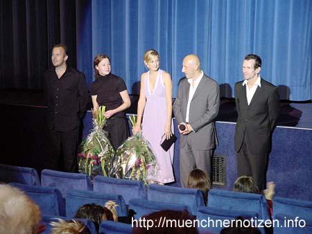 Kurze Ansprache von Oliver Hirschbiegel nach der Österreich-Premiere im Kinosaal