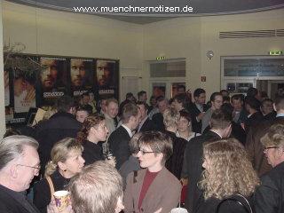 Tradeshow 2002 in München - Andrang der Fachbesucher bei den Präsentationen